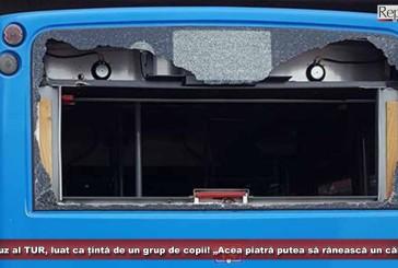 """Autobuz al TUR, luat ca țintă de un grup de copii! """"Acea piatră putea la fel de bine să rănească un călător""""!"""