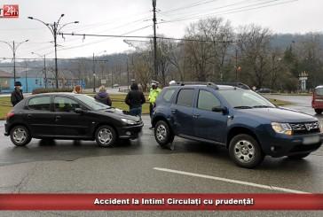 Accident la Intim! Circulați cu prudență!